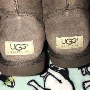 UGG Tall Chocolate boots Size 6 EUC